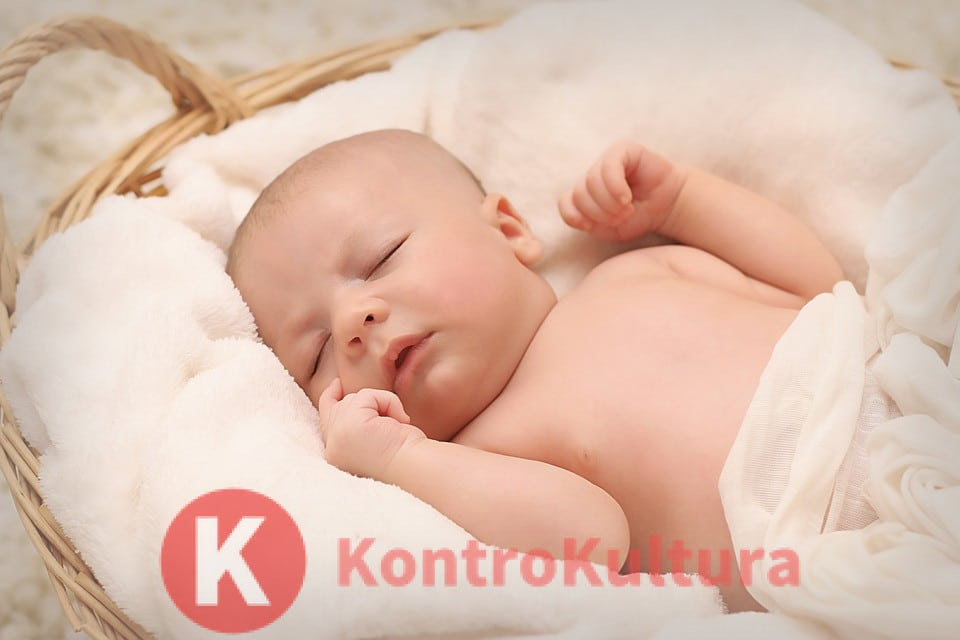 f4c2a6749a Bimbo di 5 mesi ridotto in fin di vita: genitori vegani lo nutrono ...