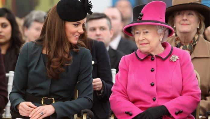 Kate Middleton - Queen Elisabetta II