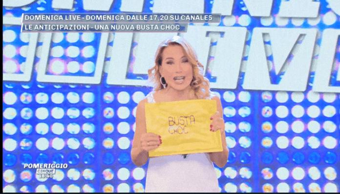 Barbara D'Urso busta choc