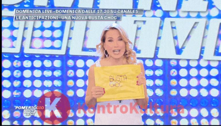 Barbara D'Urso svela in anteprima il contenuto della busta choc di Domenica Live: ecco cosa contiene