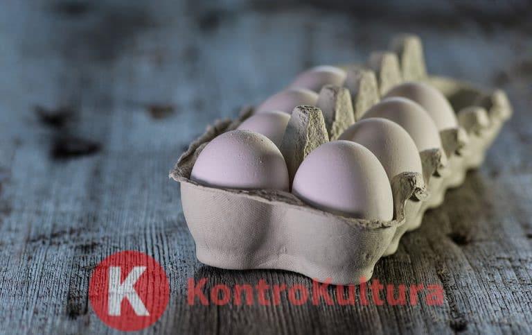 Uova: più di una al giorno aumenta rischio di infarto e ictus