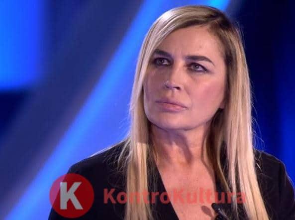 """Lory Del Santo rivela: """"Concedersi per carriera? Non è sbagliato"""""""