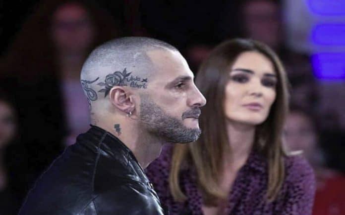 Fabrizio Corona, in carcere fino al 2023: L'appello dell'ex paparazzo 'Datemi un'altra possibilità'