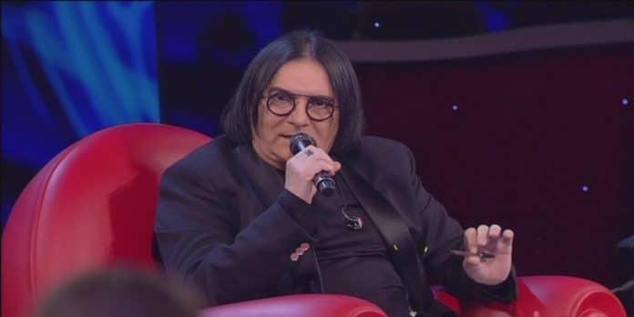 Amici 18 eliminato 20 aprile: Renato Zero alla De Filippi 'Sporcacciona'