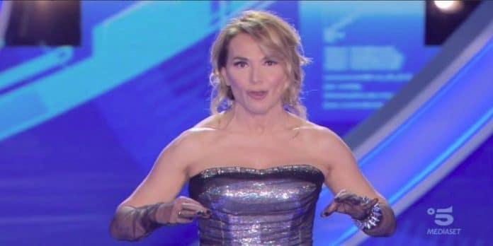 Grande Fratello 16: Barbara d'Urso mortifica in diretta Cristiano De Andrè