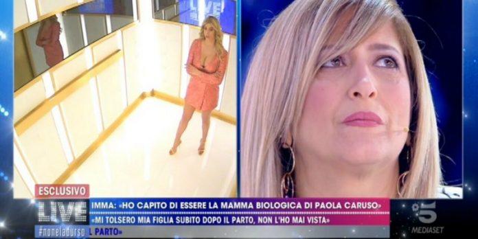 'Non è la d'Urso' Barbara in lacrime per Paola Caruso: la storia struggente