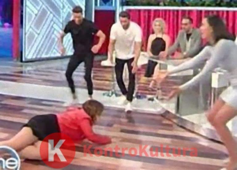 Panico a Vieni da me: da Caterina Balivo scende le scale e cade per terra, ecco cosa è successo (Video)