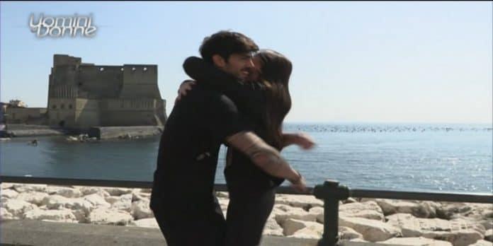 Uomini e Donne, Angela Nasti sceglie Luca: Fabrizio lascia il programma