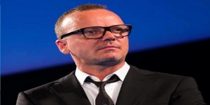 Gigi D'Alessio lotta contro la SLA, la notizia struggente: 'Aiutatelo'