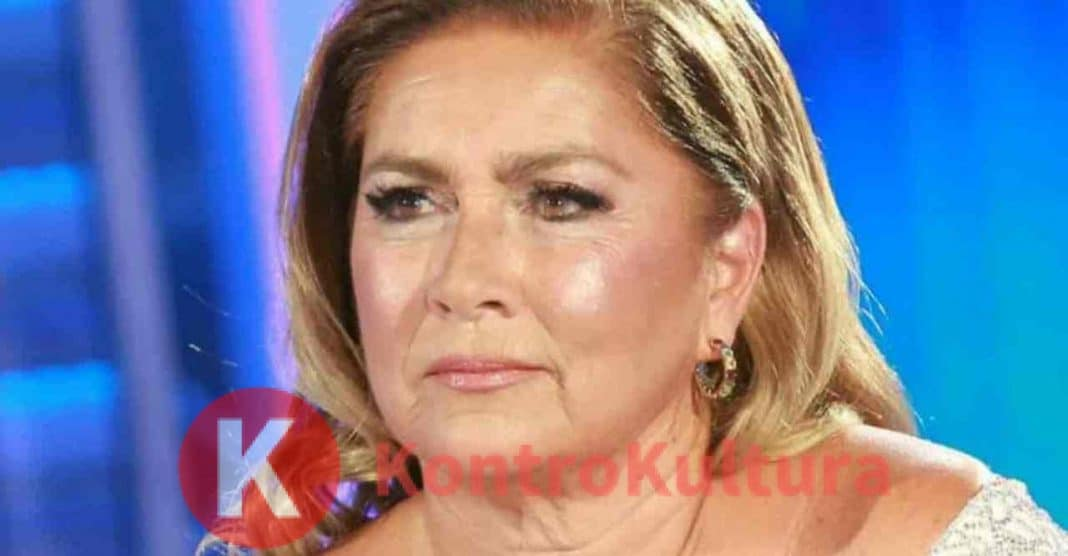Loredana Lecciso esagerata: lo scatto con Al Bano fa discutere