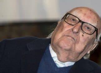 """Andrea Camilleri, le considerazioni di Sgarbi su Feltri: """"Prudente e misurato"""""""