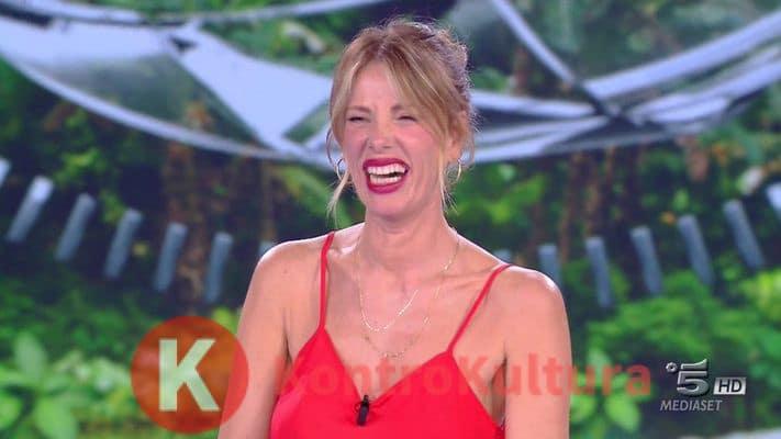 Temptation Island Vip, Alessia Marcuzzi è la nuova conduttrice: anticipazioni sul cast