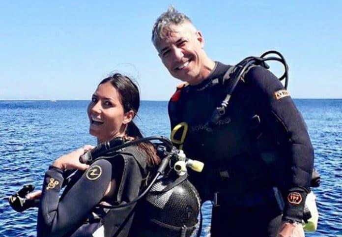 Francesco Bettuzzi in mare aperto con Elisabetta Gregoraci