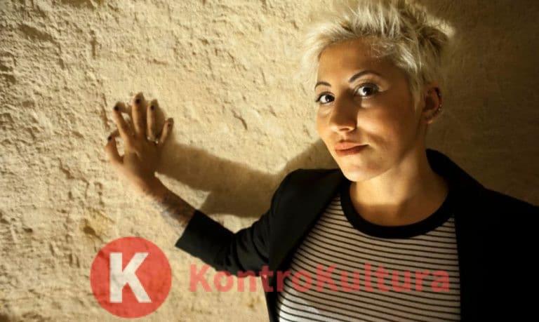 Brutto incidente per Malika Ayane: ecco cosa è successo alla cantante (Foto)