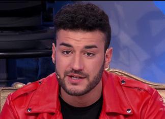 Uomini e donne, Lorenzo Riccardi rompe il silenzio dopo il lutto: il ringraziamento ai fan