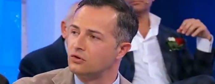 Uomini e Donne, Riccardo Guarnieri si è fidanzato? Frecciatina a Cristina Incorvaia