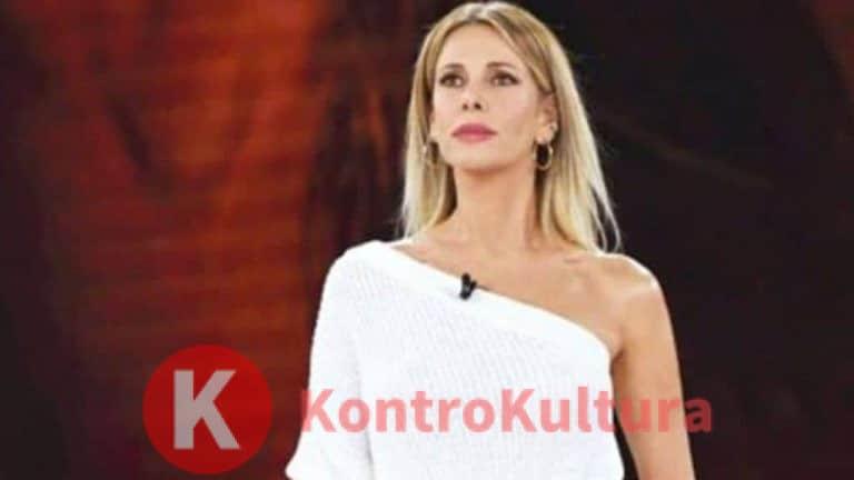 """Gravi offese contro Alessia Marcuzzi, la foto a letto indigna: """"Donne facili"""""""