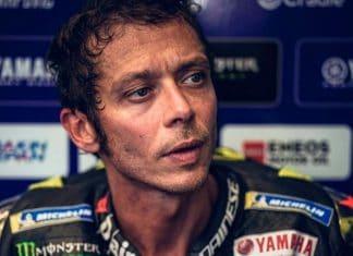 Valentino Rossi nel box Yamaha
