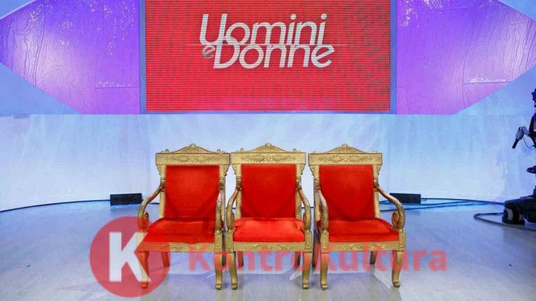 Uomini e Donne, ex corteggiatrice del Trono classico torna single: ecco di chi si tratta (Foto)