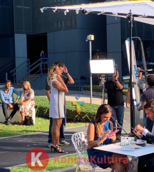 Barbara D'Urso, incidente per la conduttrice di Pomeriggio 5: ecco come è arrivata sul set (Foto)
