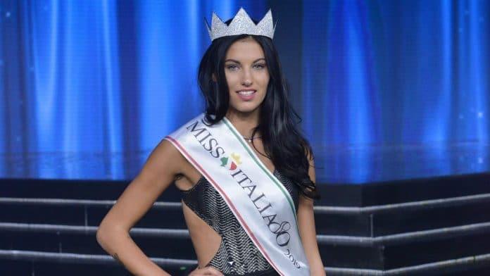 Carolina Stramare incoronata Miss Italia 2019