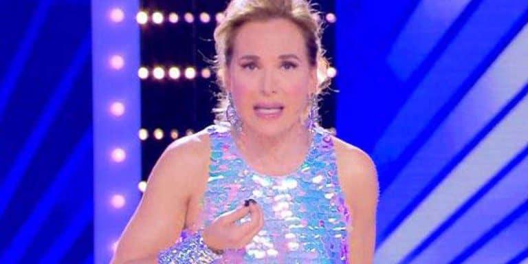 Mediaset sospende Live Non è la D'Urso di domenica, la brutta notizia per Barbara D'Urso che passa al lunedì in seconda serata
