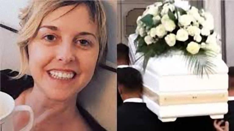 'Il selfie con la bara al funerale…': Nadia Toffa, arriva le denucia da parte della sua cara amica
