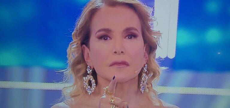 'Sei un esempio villano…': Barbara D'Urso umiliata da ex protagonista di Uomini e Donne