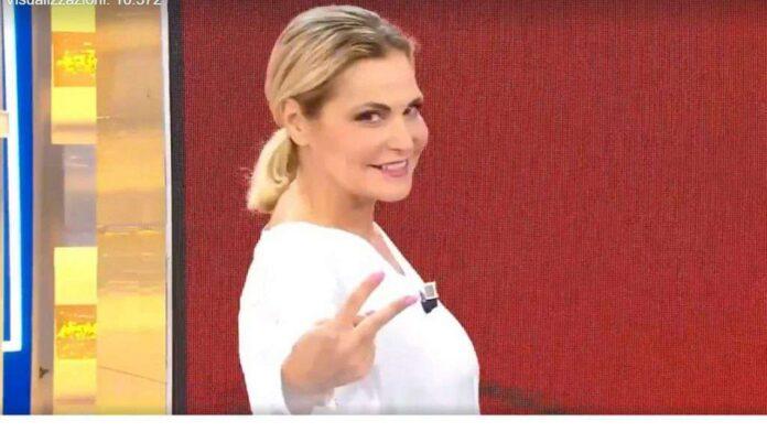 Simona Ventura a La Domenica Ventura