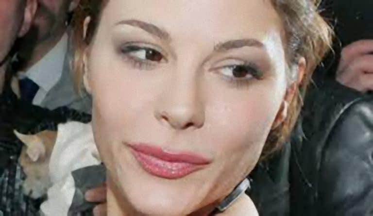 Naike Rivelli rompe il silenzio: ecco perché la figlia di Ornella Muti si mostra nuda sui social [FOTO E VIDEO]