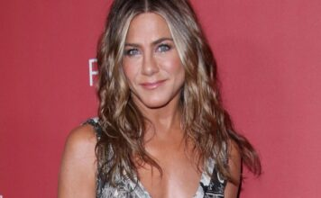Jennifer Aniston confessa i maltrattamenti subiti dai genitori