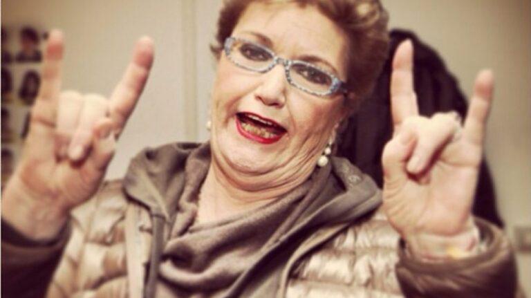 Mara Maionchi, è polemica: a X Factor indossava un auricolare?