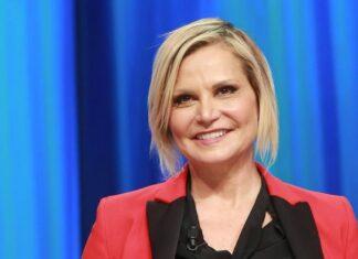 Simona Ventura prosegue la collaborazione con Netflix