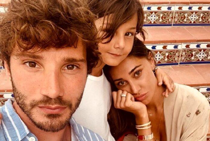 Stefano De Martino, Belen Rodriguez e Santiago