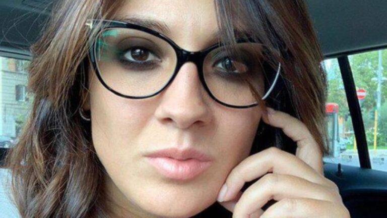 Francesca Manzini fa l'imitazione di Barbara D'Urso, fan impazziti (FOTO)