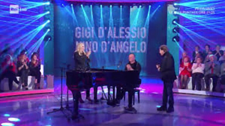 'Mi avete dato una pugnalata…': Mara Venier in lacrime per colpa di Gigi D'Alessio e Nino D'Angelo