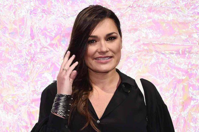 Alena Seredova, 'la carezza di Buffon' emoziona l'attrice: la foto fa il giro del web