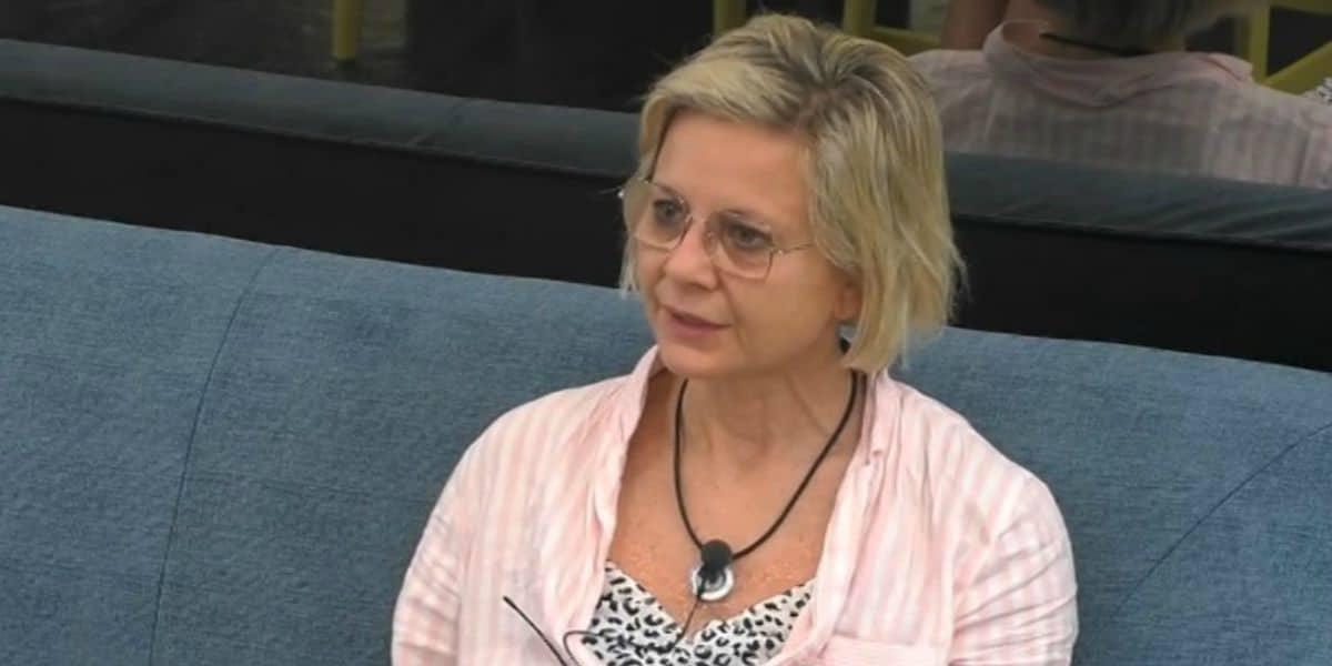 Grande Fratello Vip 2020, Antonella Elia chef improvvisa una frittata: il risultato