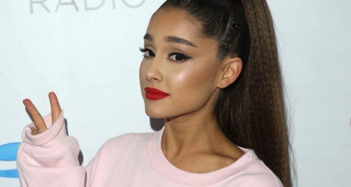 Ariana Grande ha perso i contatti con un'amica