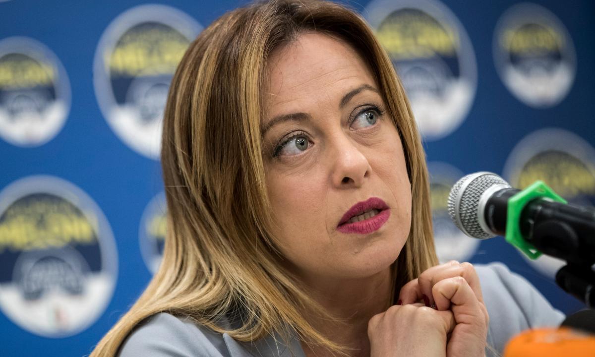CASERTA / ROMA - Perseguitava Giorgia Meloni, casertano sotto processo