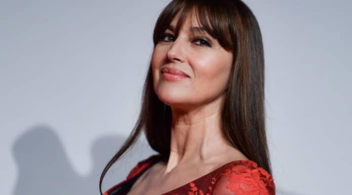Anche Monica Bellucci rifiuta il Festival. Nuova grana per Amadeus