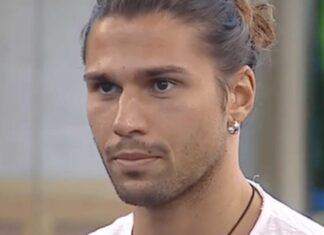 Luca Onestini in mutande