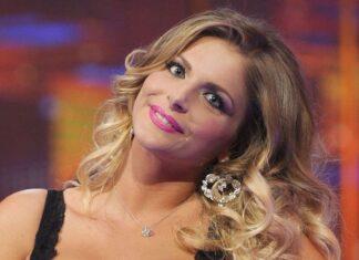 Francesca Cipriani frequenta un uomo: c'è stato un bacio