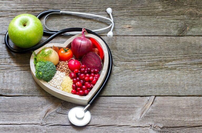 Colesterolo alto? I cibi da mangiare e quelli da evitare