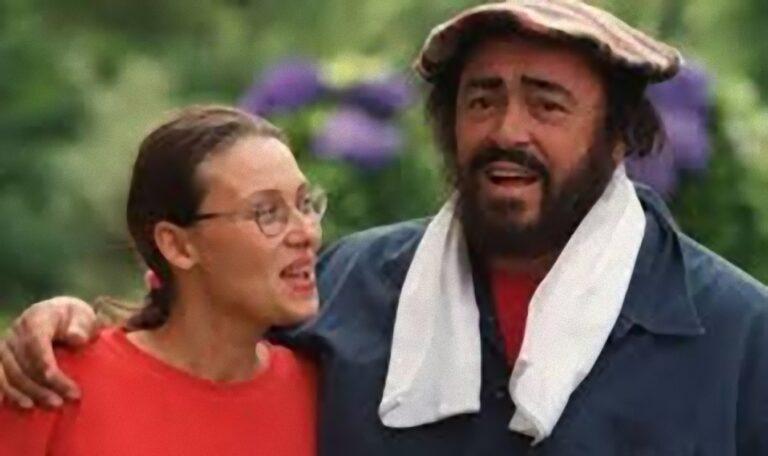 Il dramma di Nicoletta Mantovani, la malattia, come vive e cosa fa la vedova di Luciano Pavarotti