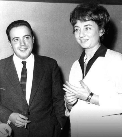 Avete mai visto la prima moglie di Maurizio Costanzo? Totalm