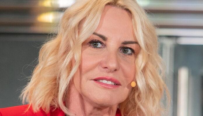 Antonella Clerici commenta lo scandalo sessismo scoppiato al Festival di Sanremo 2020