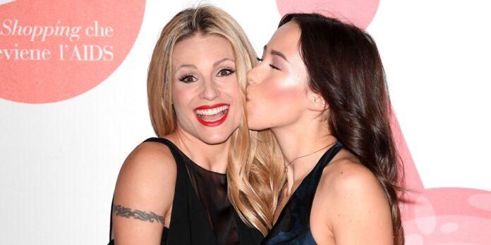 Michelle Hunziker confessa le difficoltà affrontate da Aurora Ramazzotti nell'avere una madre bella come lei