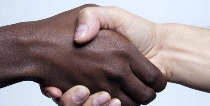 razzismo contro vicini di casa