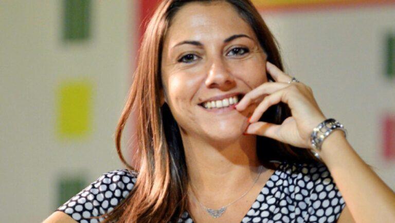 """Anna Ascani, l'annuncio sui social della viceministra """"Positiva al coronavirus"""""""